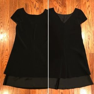 Jones New York Dress with V-Neck in Back and Layer
